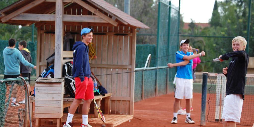 spring-break-tennis-camps