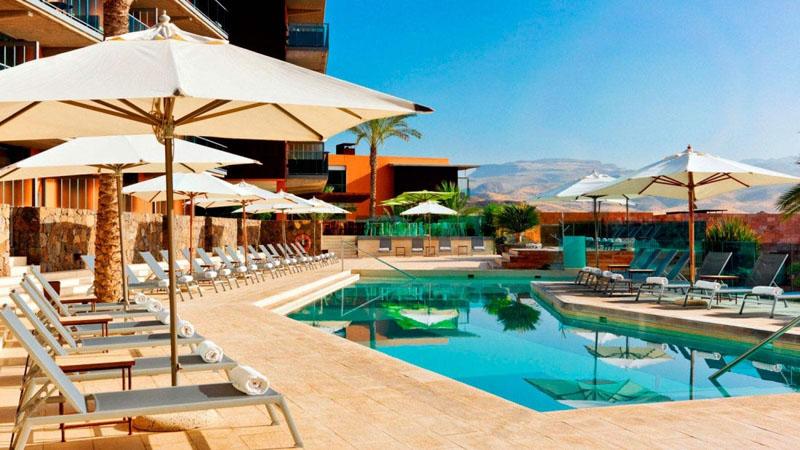 sheraton-hotel-pool3