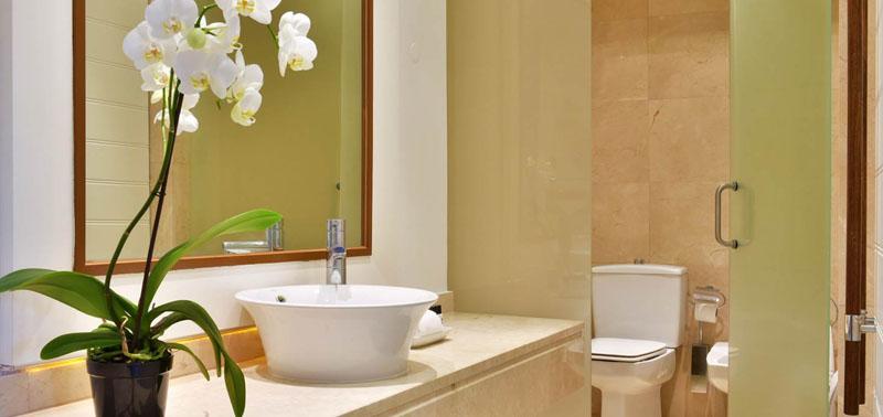 5-star-hotel-algarve-superior-room-bathroom-new