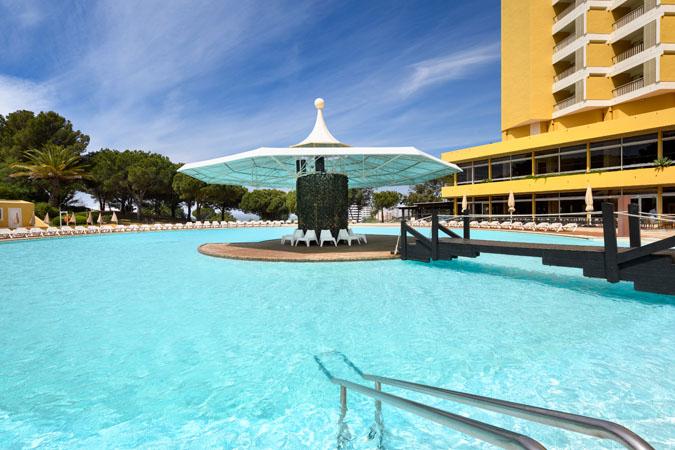 Pool-1-delfim-hotel-portugal-tennis-camp